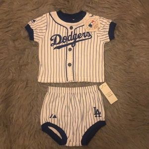 NWT Los Angeles Dodgers baby outfit 6/9 months